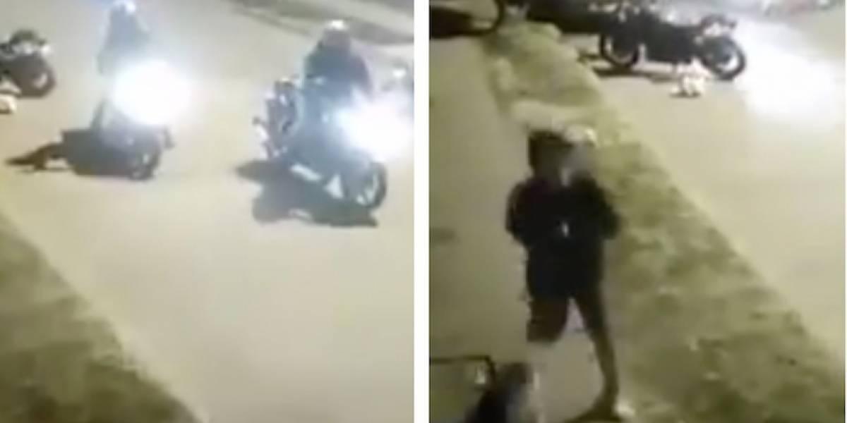 Video: cuando estaban a punto de robarse una moto en Bogotá, delincuentes tuvieron que salir corriendo