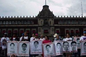 Marcha Ayotzinapa 4 años
