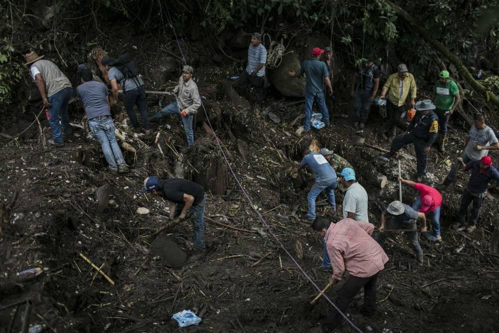 Además de la búsqueda, las autoridades elaboran el plan para la reconstrucción Foto: Cuartoscuro