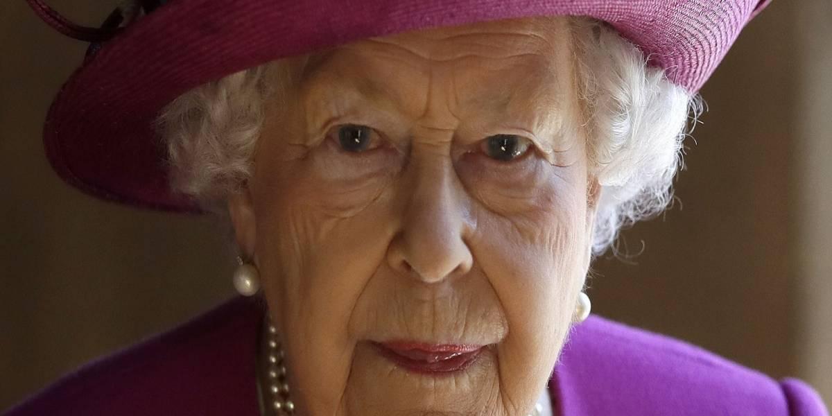 La Reina Isabel II está molesta por un capítulo de The Crown