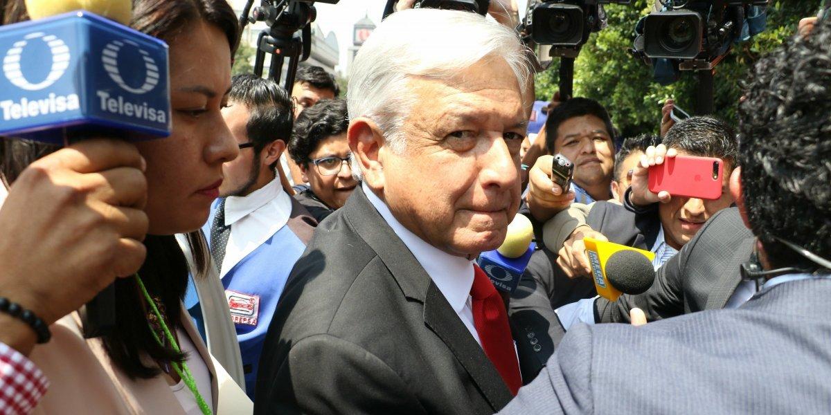 Califica AMLO como una 'simulación' la sentencia de Duarte