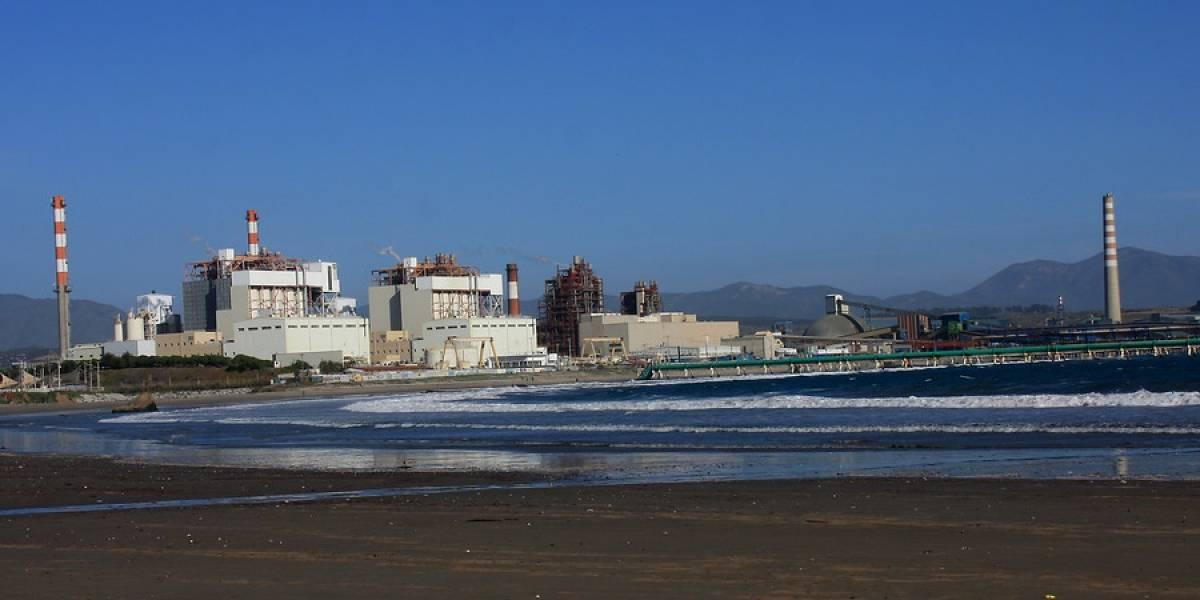 Alerta sanitaria en Quintero y Puchuncaví: empresas paralizan parte de sus operaciones tras episodios de contaminación