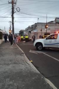 Tres presuntos asaltantes, detenidos tras accidente vial en el norte de Quito
