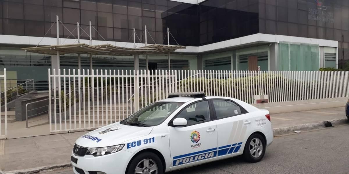 Una mujer está con prisión preventiva por doble crimen en Samborondón