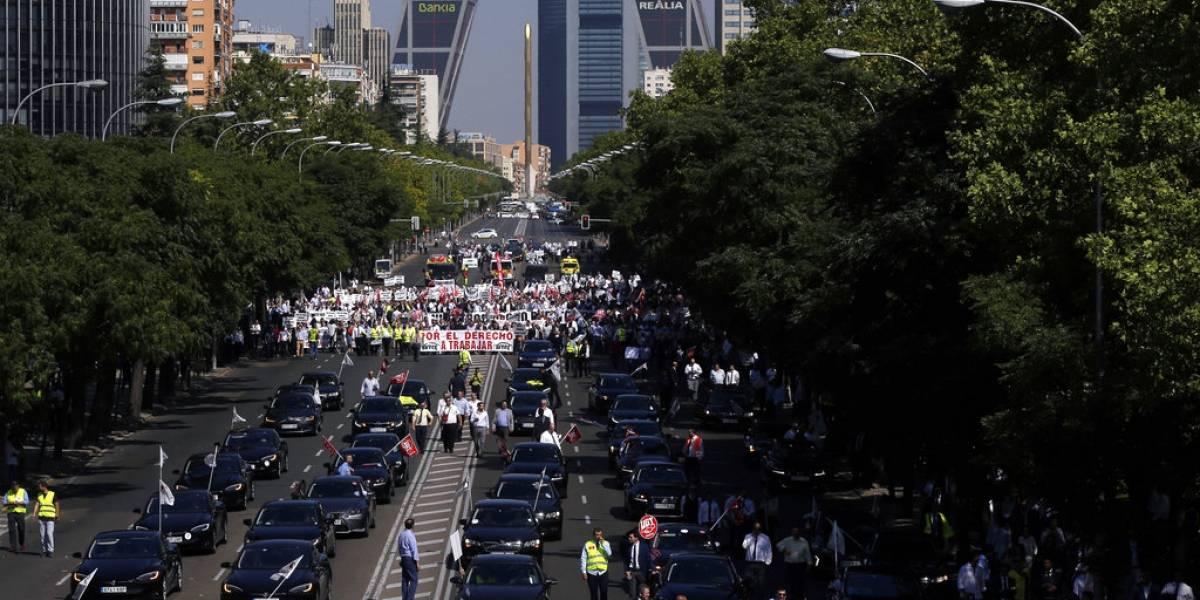 Conductores de Uber se manifiestan en el mundo contra violencia y altos cobros