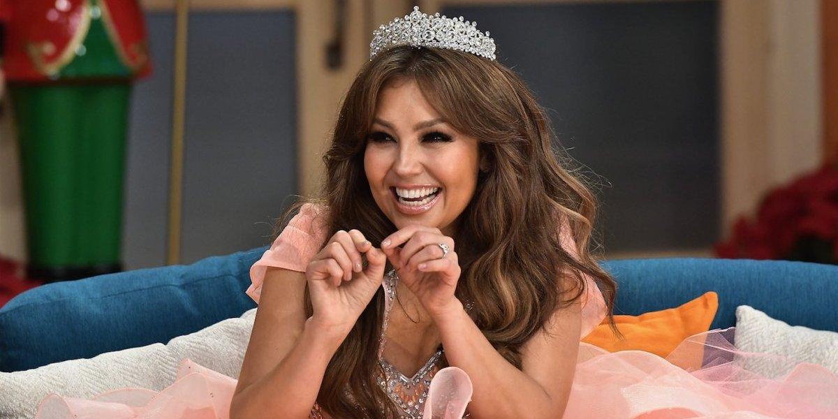 """Thalía explica por qué la gente cree que ella es una """"loca feliz"""""""
