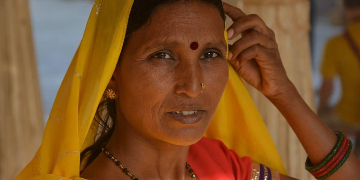 Índia descriminaliza adultério, revogando lei que existia há 158 anos