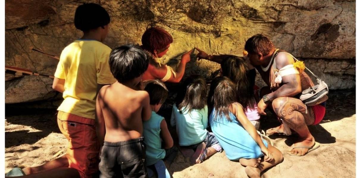 Ato de vandalismo destrói gravuras históricas sobre mito indígena em caverna do Xingu