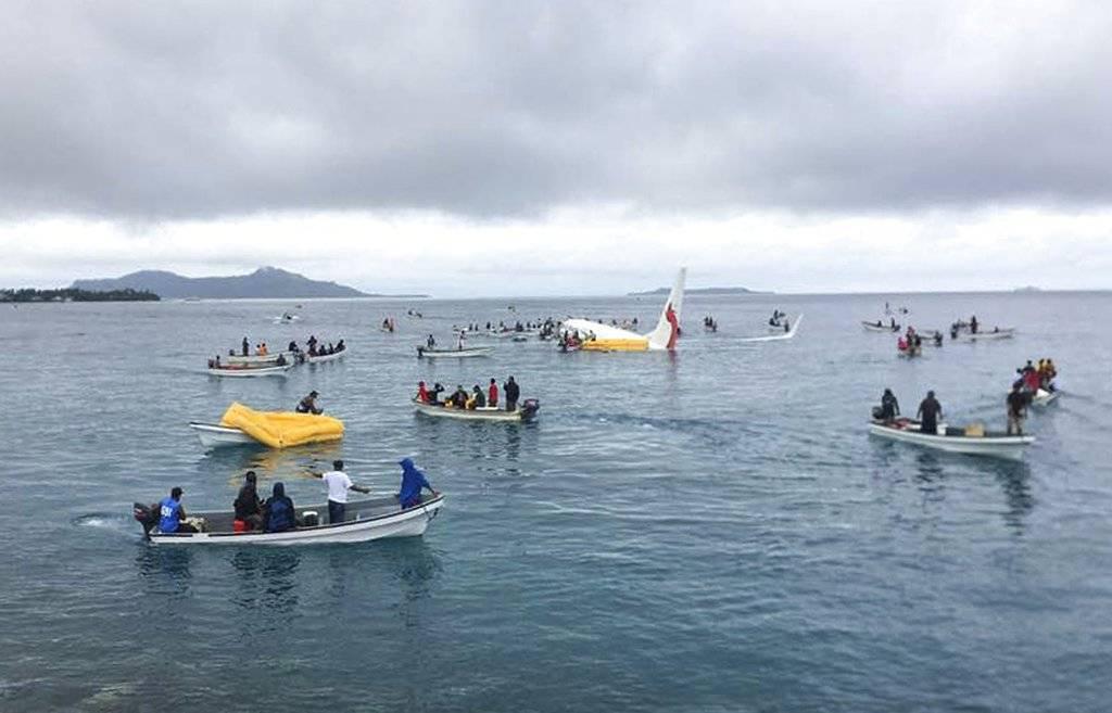 Cayó una avión en una laguna en Micronesia