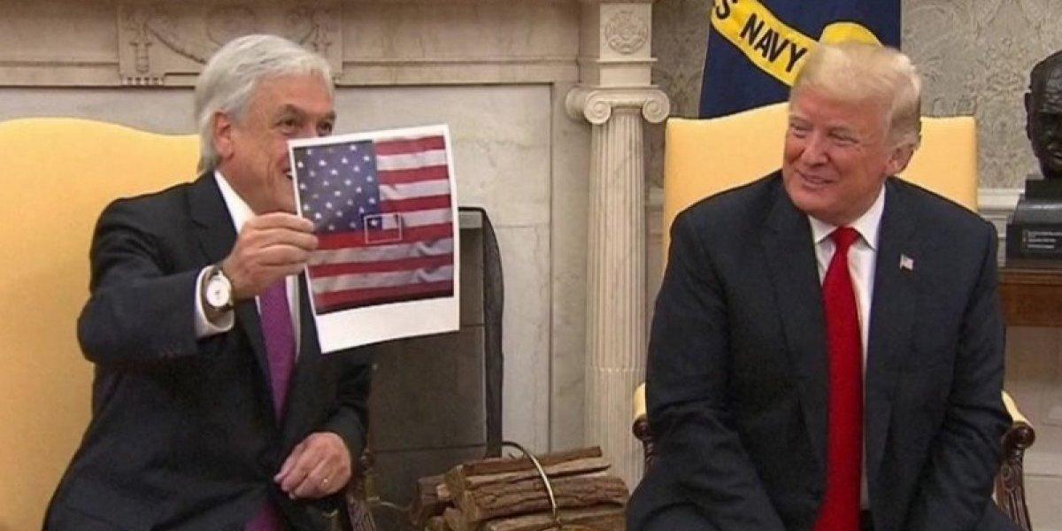 Collage al estilo homenaje Miguel Bosé: Piñera le mostró particular bandera de Chile a Trump