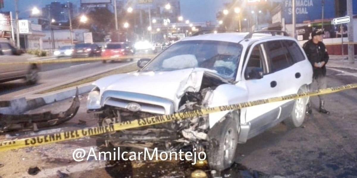 Mujer muere tras accidente de tránsito en el bulevar Los Próceres zona 10