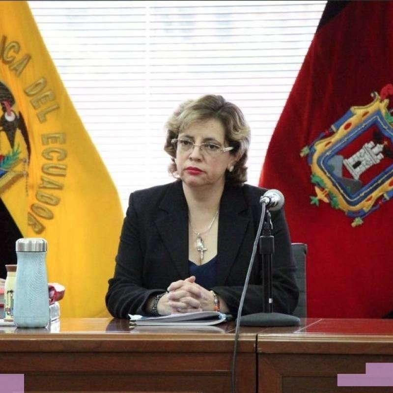 Corte ratifica orden de prisión preventiva contra Correa