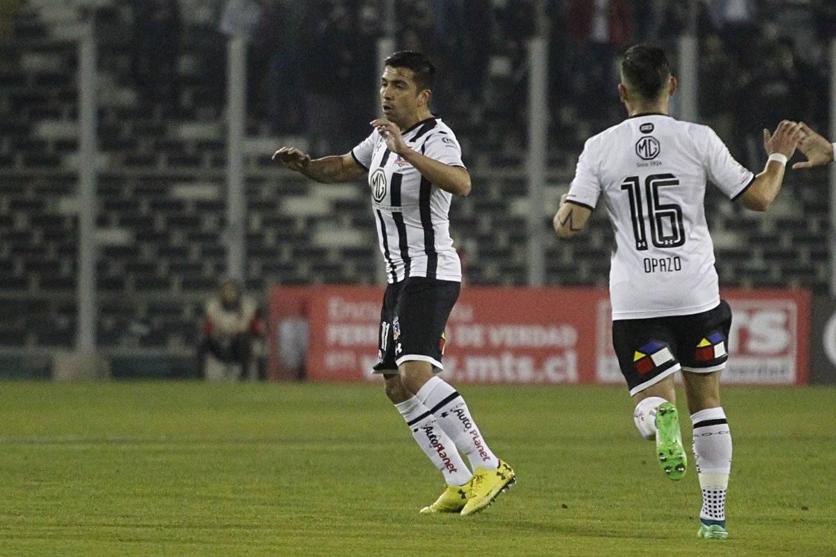 Fierro estaría viviendo sus últimos minutos en Colo Colo / imagen: Photosport