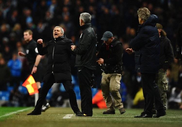 Mourinho gritándole un gol a Pellegrini en el triunfo 1-0 del Chelsea sobre Manchester City el 3 de febrero de 2014 / Foto: Getty Images