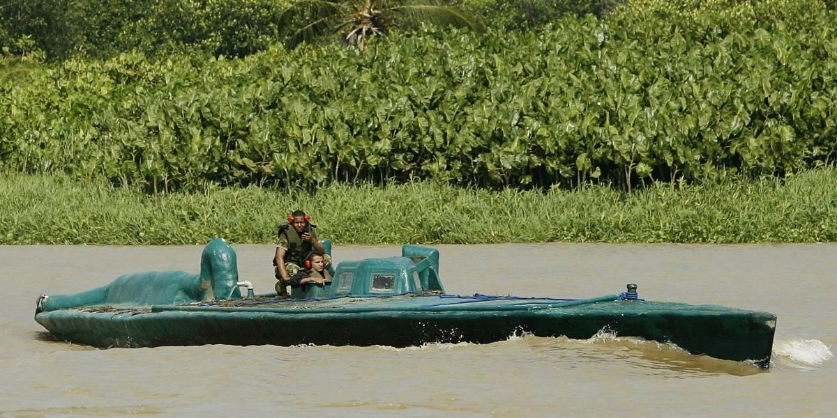Armada rescata un barco lleno de migrantes en el Golfo de Urabá