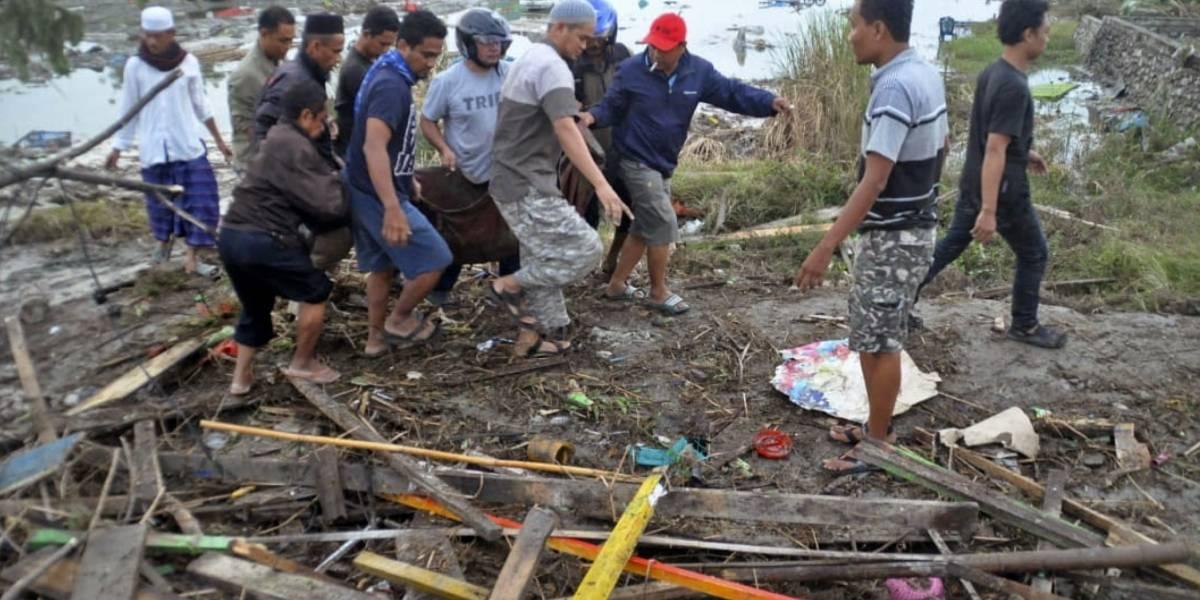 Sismo y tsunami en Indonesia dejan al menos 384 muertos