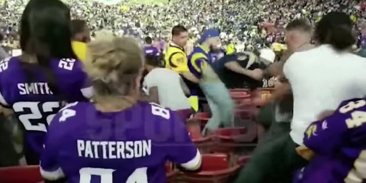 VIDEO: Se desata tremenda pelea en juego de NFL entre Rams y Vikings