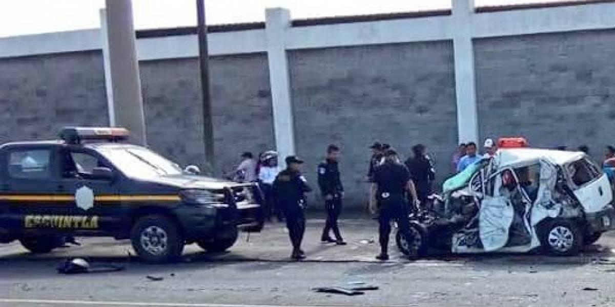 Triple colisión deja dos muertos en el kilómetro 62 de la ruta al Pacífico