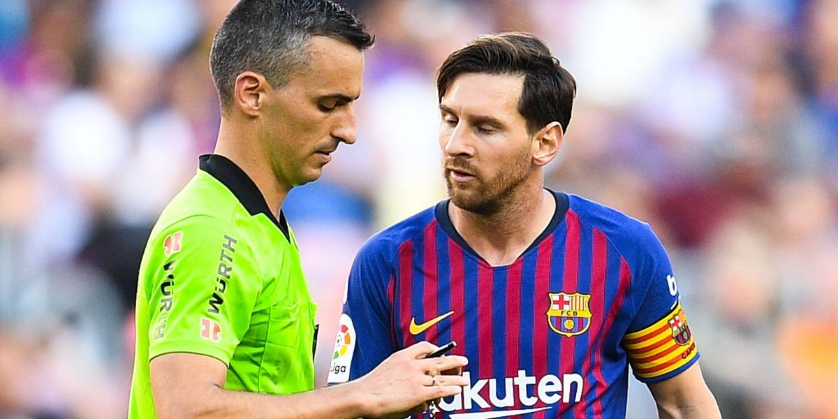Filtran lo que le dijo a Messi al árbitro para hacerlo enojar tanto