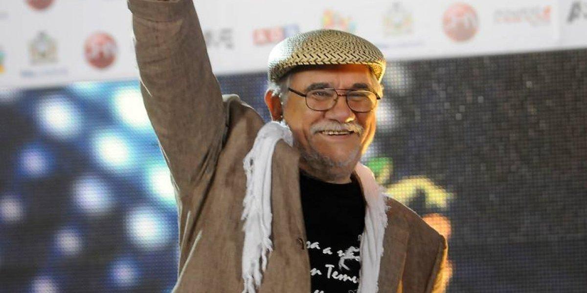 """""""El Temucano"""" se presentaba como líder espiritual: denuncian a Tito Fernández por abuso sexual"""