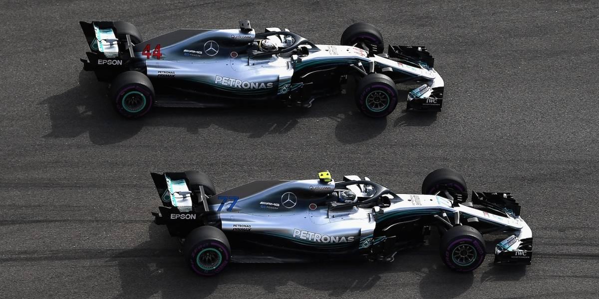 VIDEO: El momento en que Bottas dejó pasar a Hamilton para que ganará en Rusia