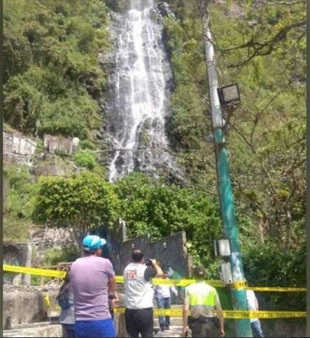 Deslizamiento en Baños de Agua Santa