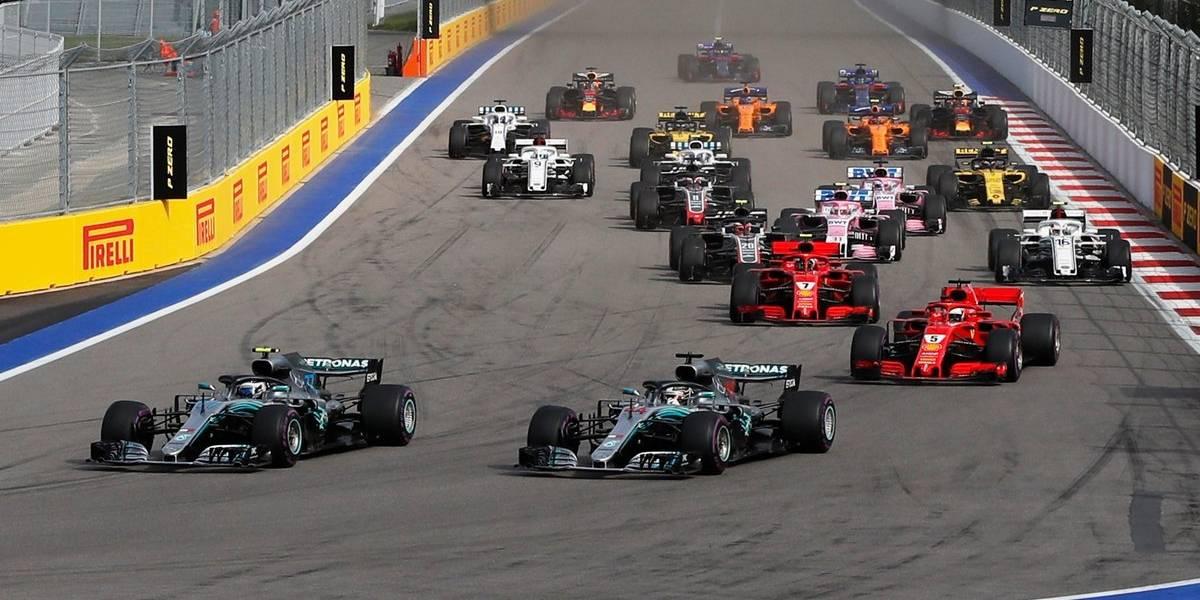 Hamilton gana el GP de Rusia gracias a su compañero Bottas que lo dejó pasar