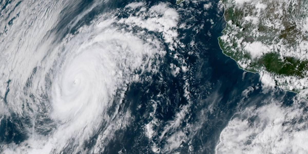 Huracán Rosa avanza hacia Baja California y sur de EEUU