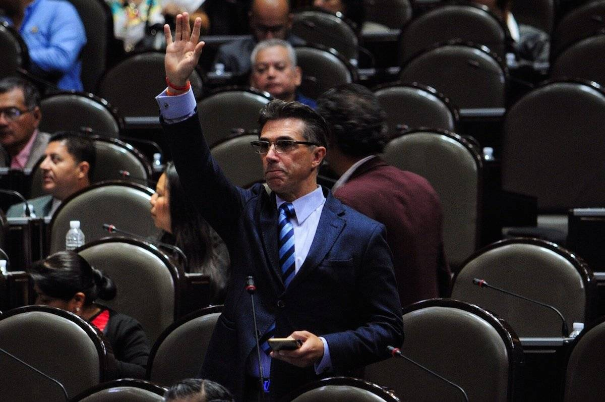 Sergio Mayer durante una sesión de la Cámara de Diputados Foto: Cuartoscuro