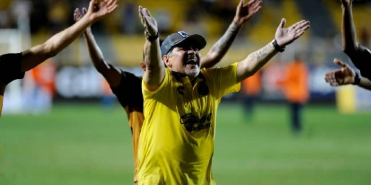 VIDEO: El bailecito de Maradona para celebrar el triunfo de Dorados