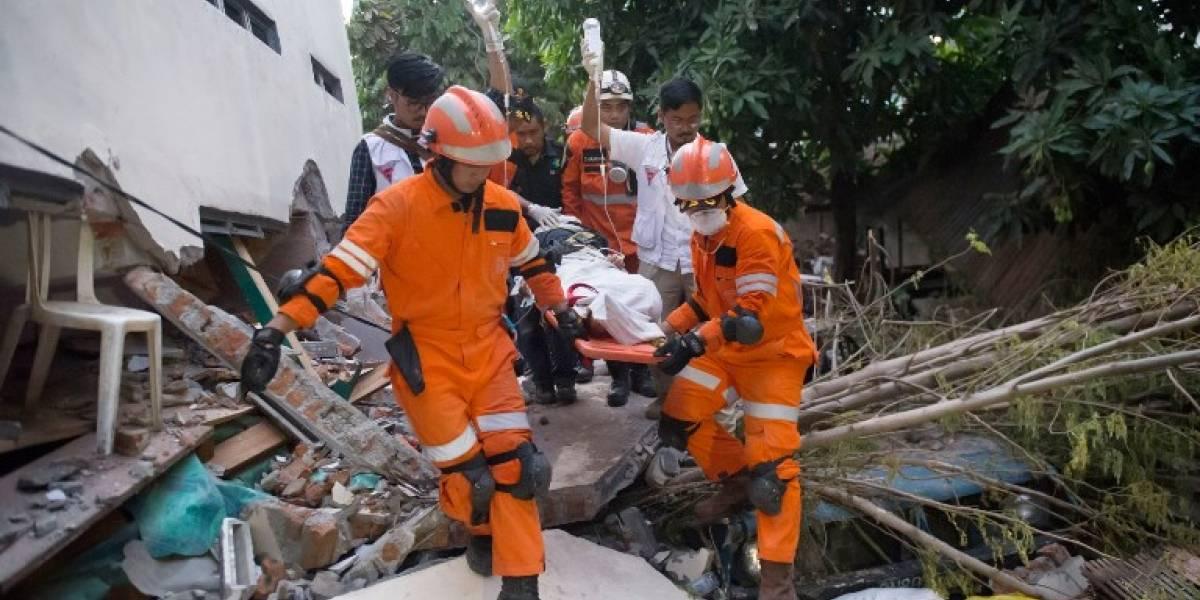 Indonesia:Cifrademuertospor terremoto y tsunami supera los 800