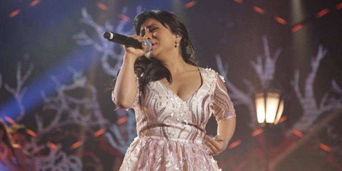 """VIDEO. Paola Chuc """"gritó"""" con su interpretación en la semifinal de La Academia"""