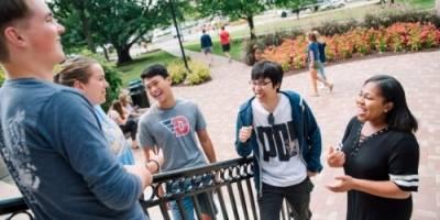 Universidades de Estados Unidos ofrecen becas para extranjeros