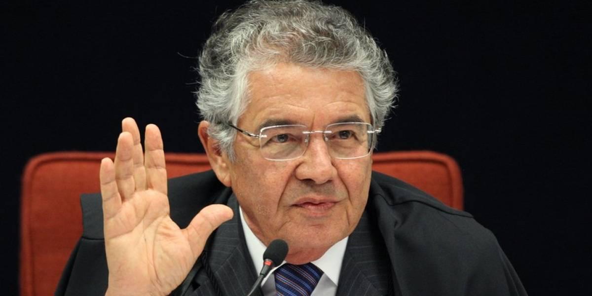 Brasil precisa de políticos que cumpram a Constituição, não que queiram trocá-la, diz ministro do STF