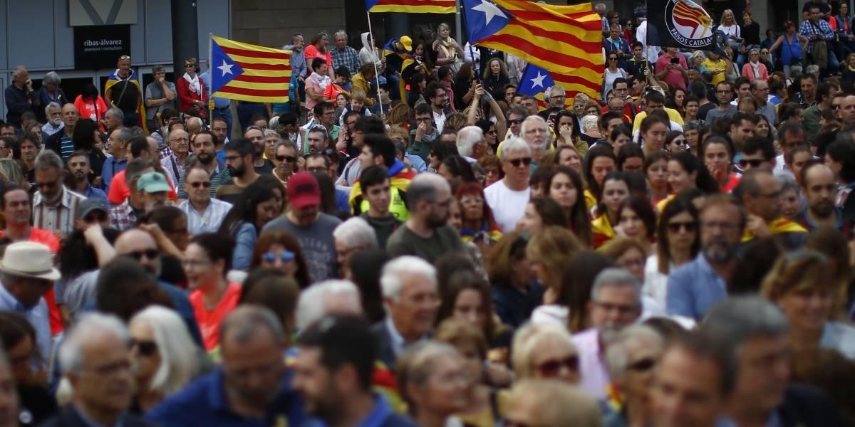 """""""Ni olvido ni perdón"""": las imágenes de protesta a un año del referéndum independentista de Cataluña"""