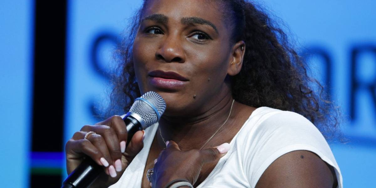 Serena Williams canta topless y todo fue grabado en video