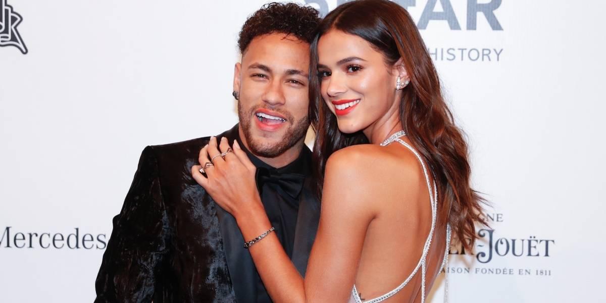 La novia de Neymar paralizó las redes con sensuales fotos en lencería