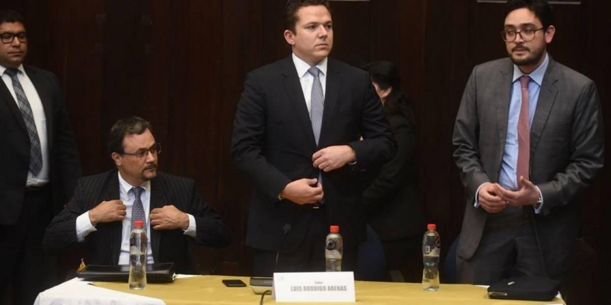 Fiscalía Electoral revela correos que involucran al presidente J. Morales