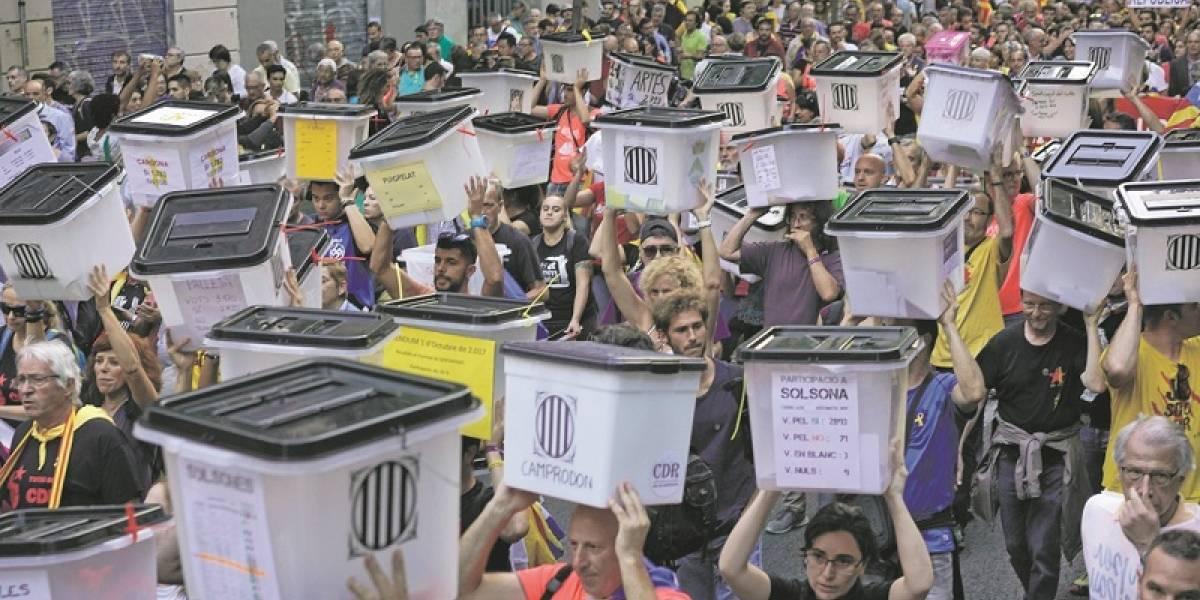 """""""Ni olvido ni perdón"""" en Cataluña por referendo"""