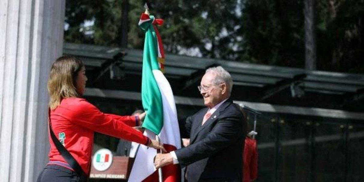 Delegación mexicana es abanderada previo a los JOJ