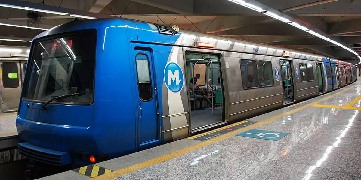 Homem cai nos trilhos do Metrô durante briga no Rio