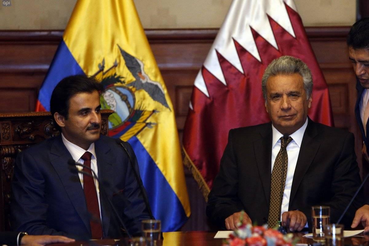 Emir de Catar llegó a Ecuador para firma de acuerdos con Ecuador API