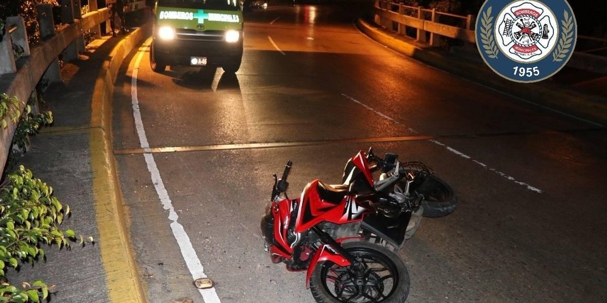 Ocupantes de motocicleta mueren tras colisión en puente Tecún Umán