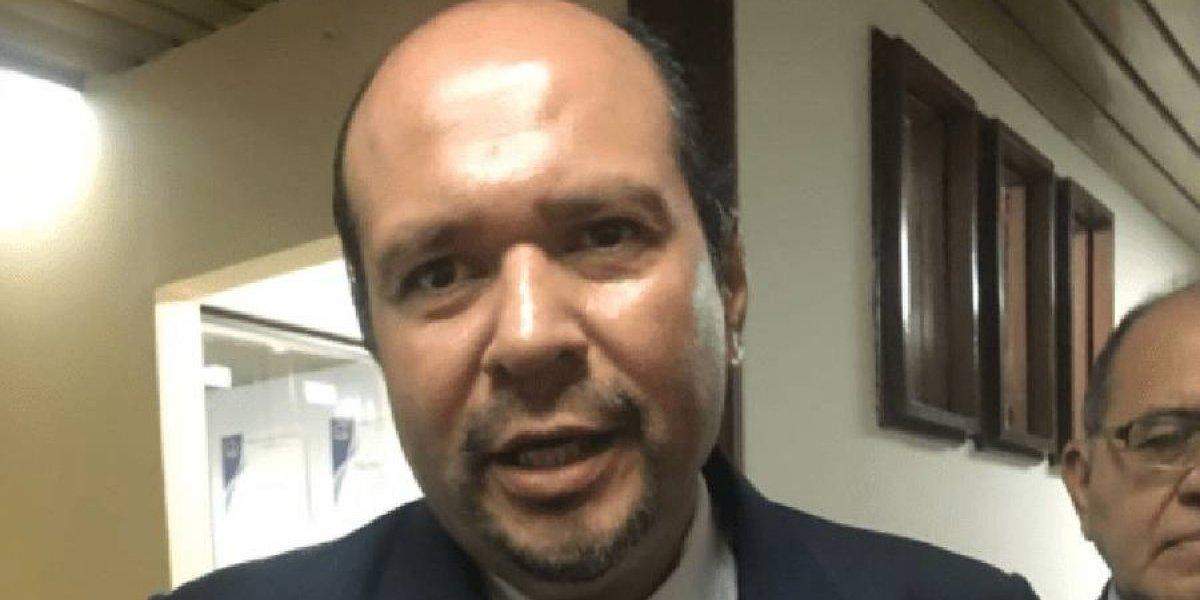 Juez autoriza a Orlando Blanco salir del país durante 12 días