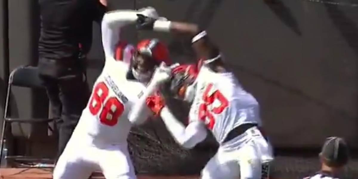 Jugadores de la NFL celebran touchdown con la fusión de Dragon Ball Z