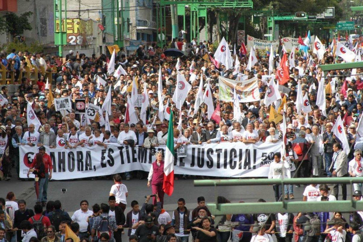 Alrededor de 45 mil personas marcharon desde la Plaza de las Tres Culturas al Zócalo de la Ciudad de México Foto: Nicolás Corte