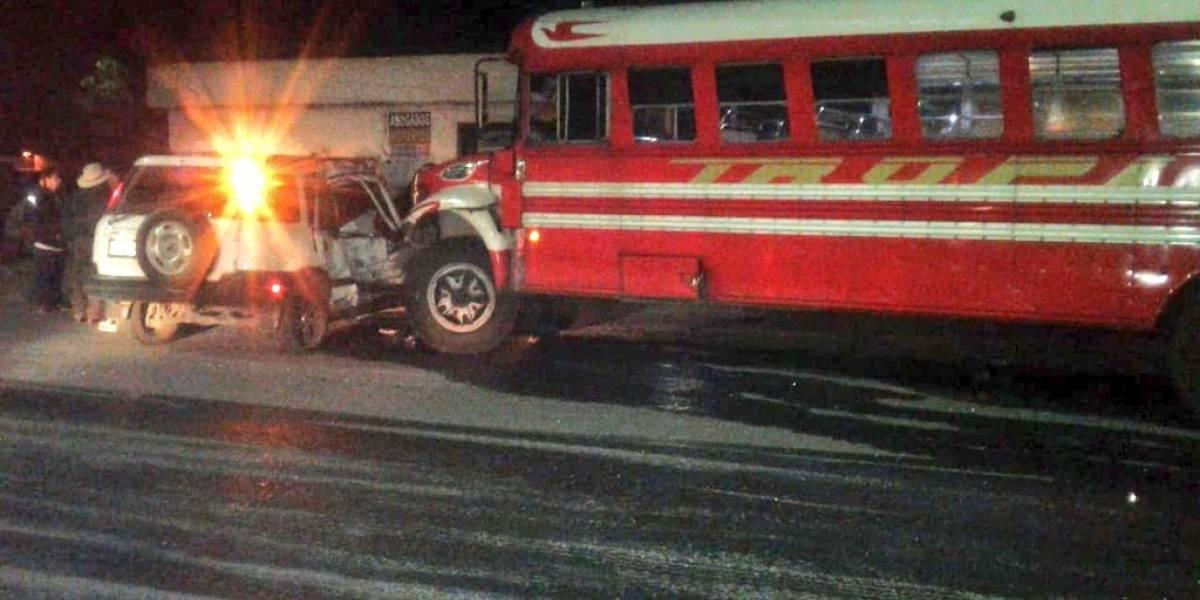 Siete heridos tras fuerte accidente de tránsito en ruta al Pacífico