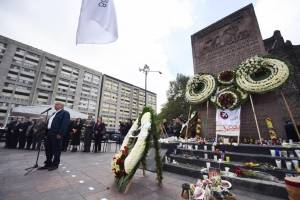 Ni represión ni autoritarismo en mi gobierno: AMLO en Tlatelolco