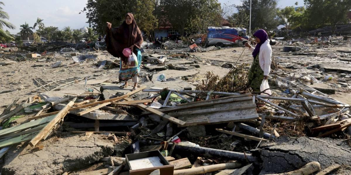 Terremoto y tsunami en Indonesia: aumenta a 1.234 la cifra de fallecidos y la desesperación crece en los sobrevivientes
