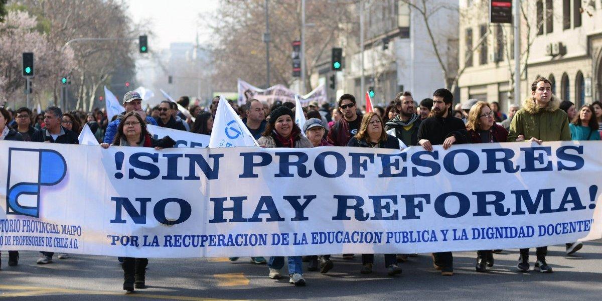 """Colegio de Profesores pide al Gobierno """"escuchar el clamor del profesorado"""" en la antesala del paro nacional de 48 horas"""
